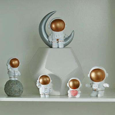 创意太空宇航员树脂摆件办公装饰工艺品学生书柜现代简约家居摆设