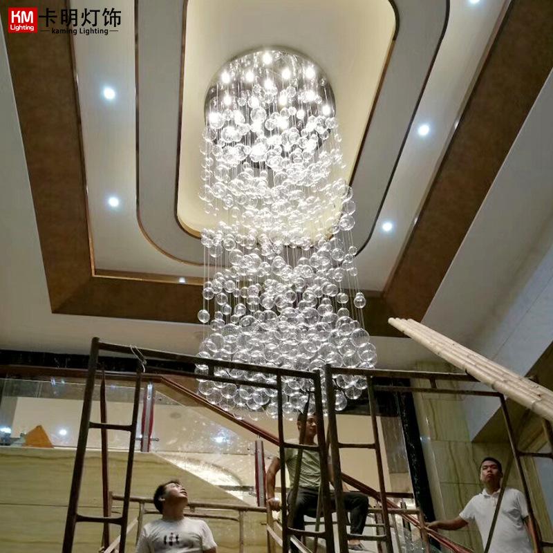酒店大堂晏会厅售楼部沙盘复式楼旋转楼梯间水晶玻璃球吊灯定制